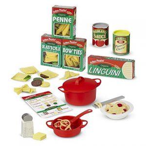 Conjunto de utensilios de cocina y pasta