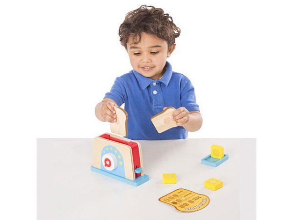 tostadora de juguete de madera