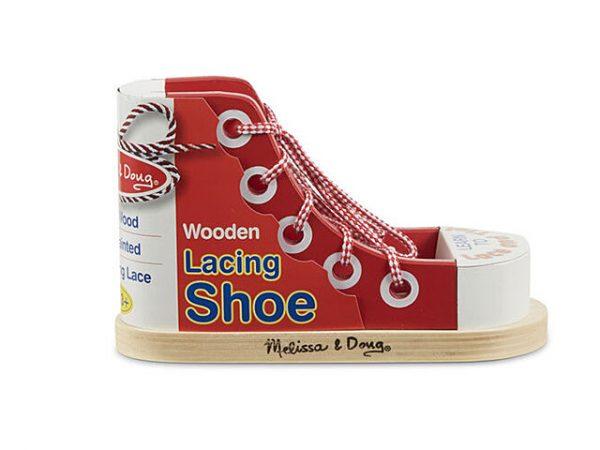 zapato de madera para jugar